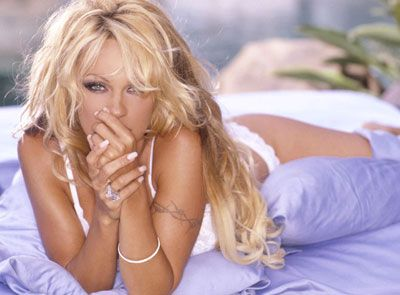 Pamela Anderson - 27